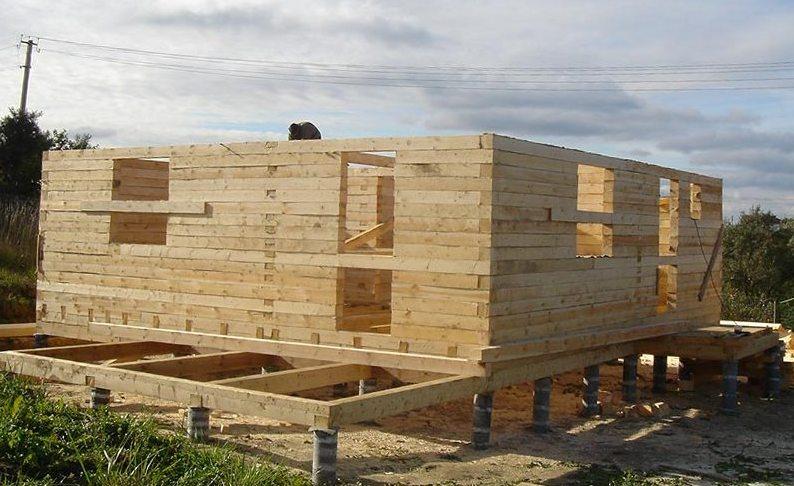 Какой лучше фундамент для дома из бруса
