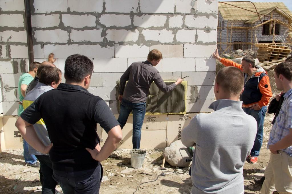 Утепление стен дома из газобетона