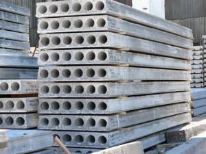 Сложенные армированные  бетонные секции
