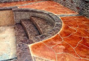 Покраска декоративного бетона под камень