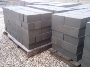 Блоки ручные фундаментные