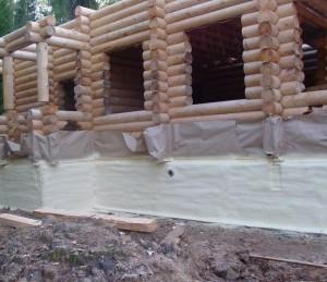 Как утеплить фундамент деревянного дома