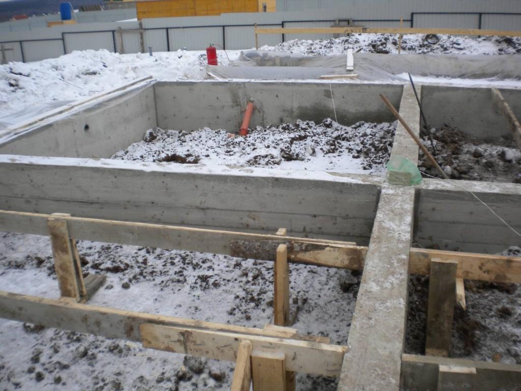 Обустройство фундаментов зимой