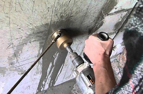 Алмазные коронки для бурения бетона