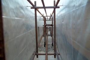 Армирование монолитных стен подвала