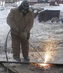 Работа с газовым резаком